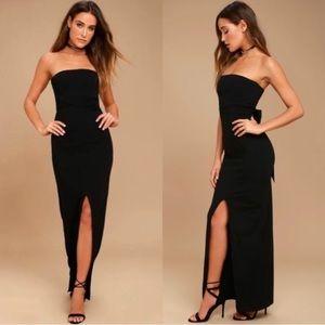 NWOT Lulu's maxi dress size small